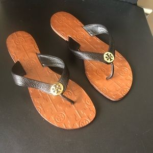 tory burch thora black leather sandals 7